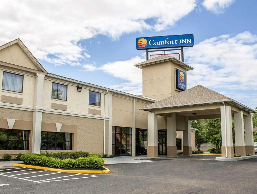 More About Comfort Inn North Conference Center