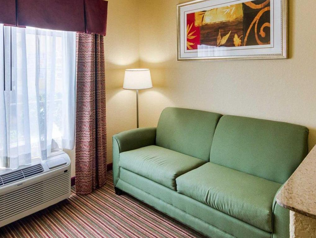 Vista Interior Quality Suites North (Quality Suites North Houston)