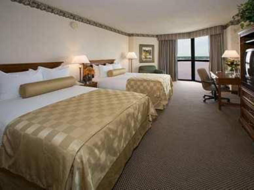 Deluxe Double Bed Hilton Houston Nasa Clear Lake Hotel