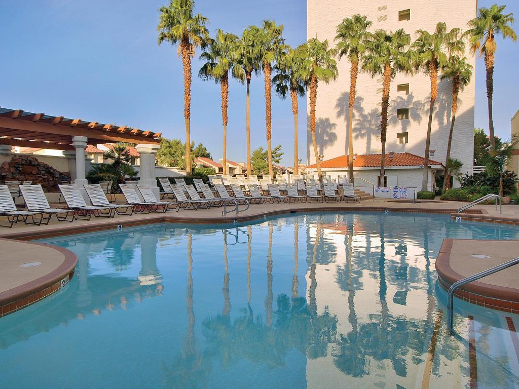 Gold coast hotel and casino in las vegas nv room deals - Public swimming pools north las vegas ...