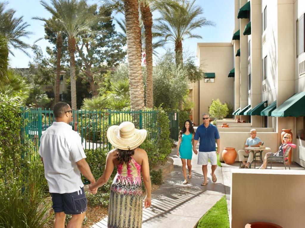 Hotel Silver Seven Best Price On Silver Sevens Hotel Casino In Las Vegas Nv