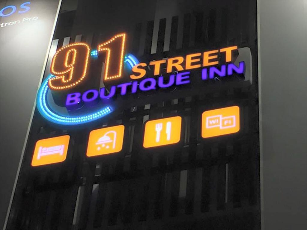 91 Street Boutique Inn