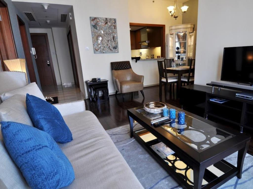 Better Stay - Standpoint Residences Apartment