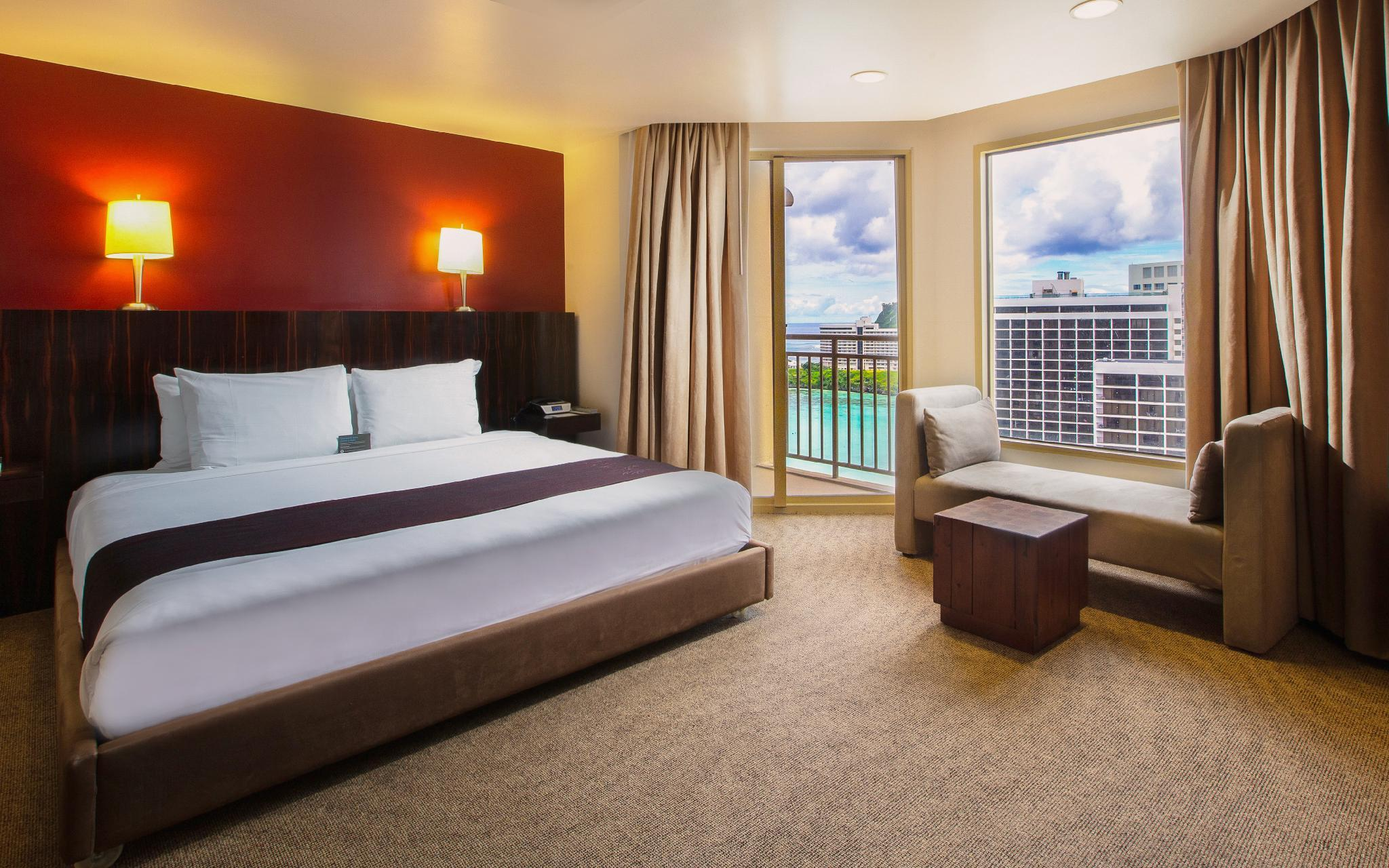 Club Ocean View Room with King Bed