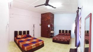 Take A Trip Bentong Homestay - 4 Persons 2QueenBed
