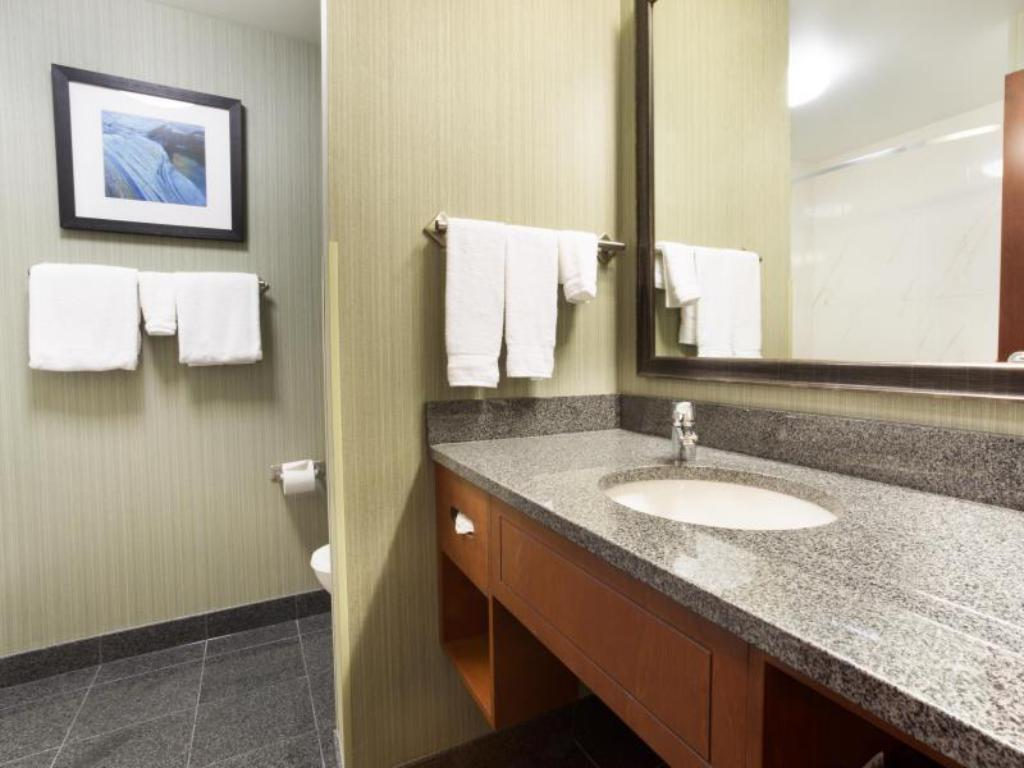 2 Queen Beds Deluxe Hearing Accessible Non-Smoking Drury Inn & Suites Colorado Springs
