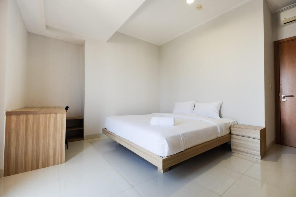 Stylish 2BR @ The Mansion Kemayoran Apartment By Travelio
