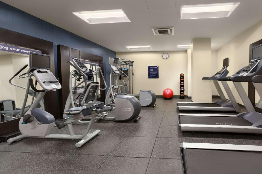 Fitness center Hampton Inn-Chicago Downtown/N Loop/Michigan Ave, IL+++