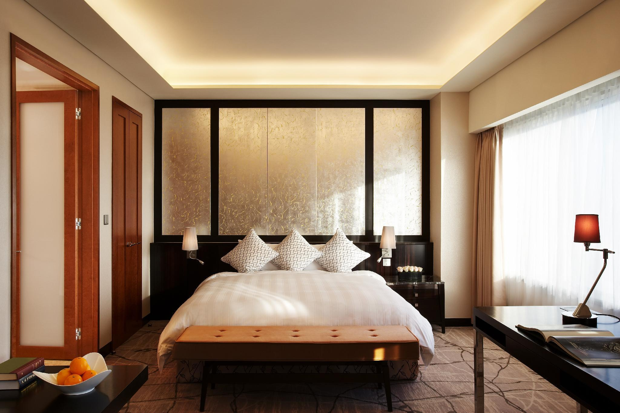 Executive Premier Room with King Bed