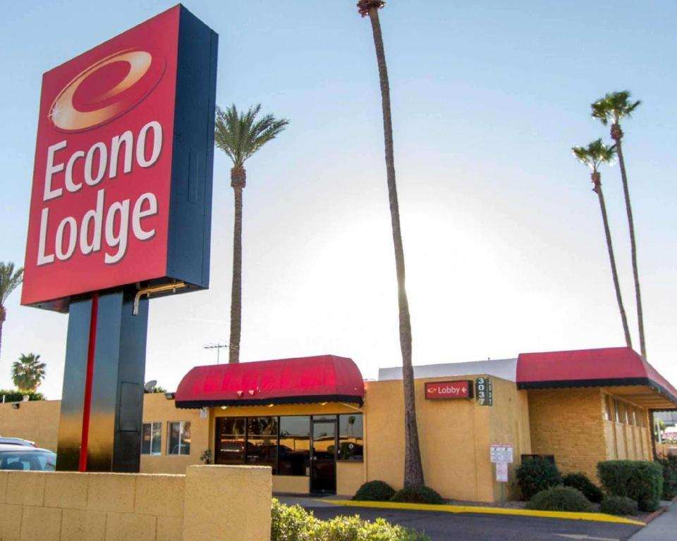 More about Econo Lodge Airport