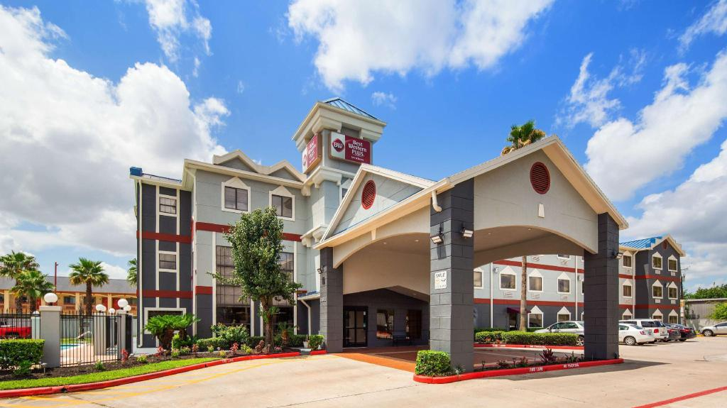 Best Western Plus Northwest Inn and Suites