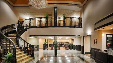 Vestabils Best Western Plus Northwest Inn and Suites