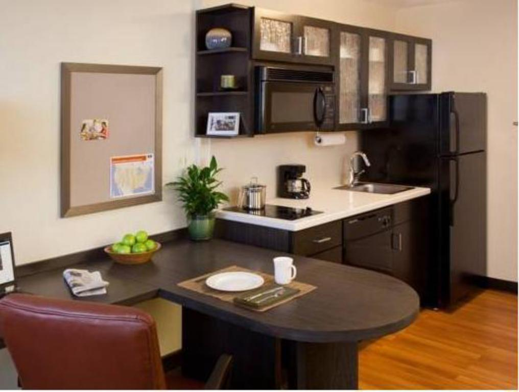Suite Deluxe - Dapur Candlewood Suites Irvine East-Lake Forest