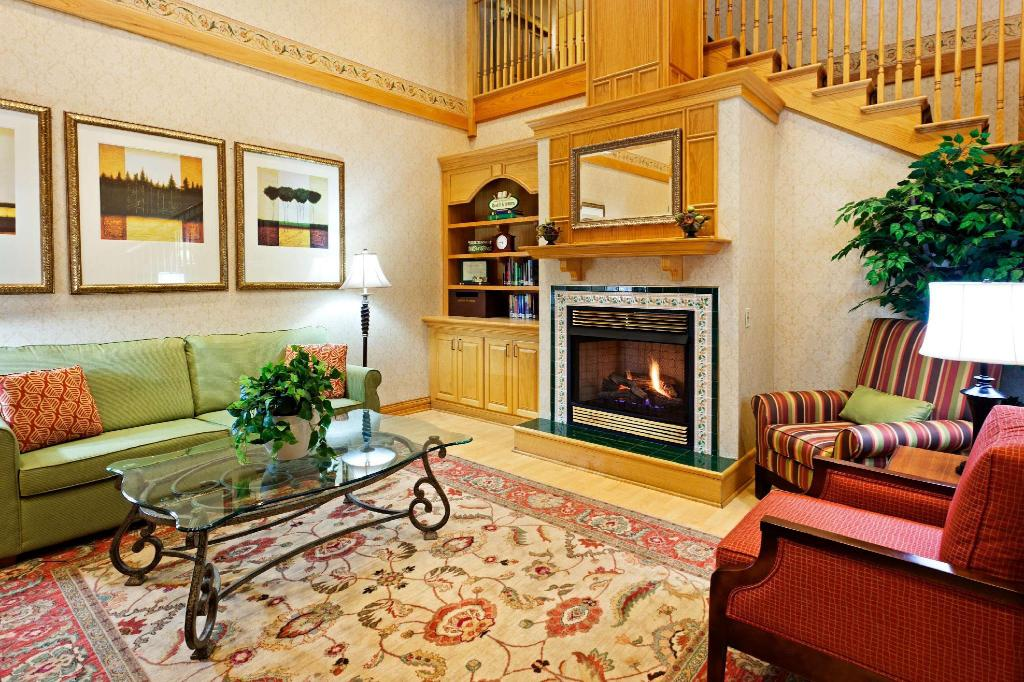 Best Price On Country Inn Suites By