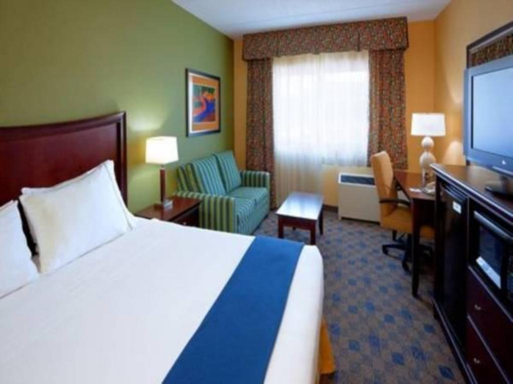 Standard - Katil Holiday Inn Express Western Avenue University