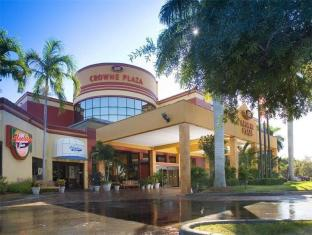 Crowne Plaza Hotel Fort Myers at Bell Tower Shops