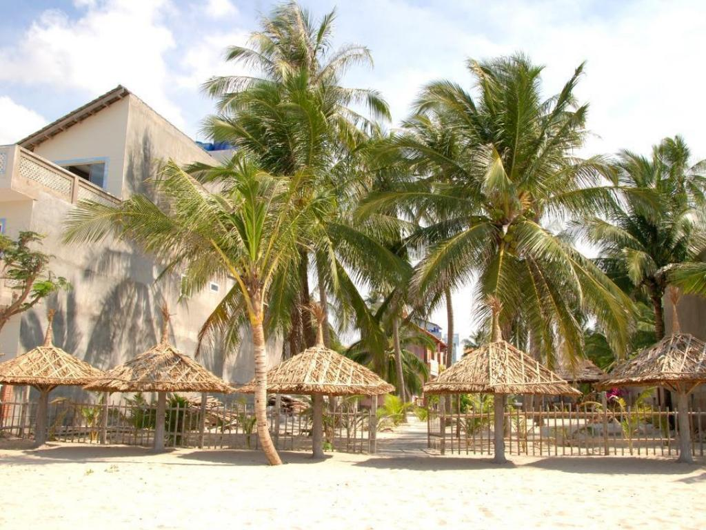 Strand Suoi Tre Guesthouse