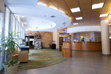 Лобби Holiday Inn Gainesville-University Center