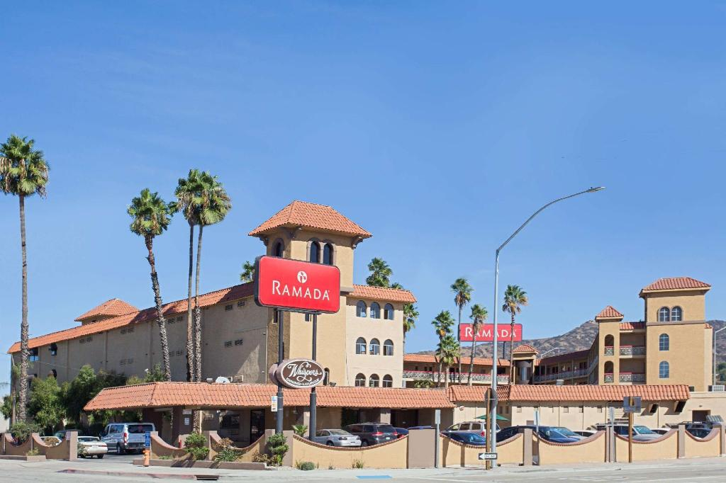 Ramada by Wyndham Burbank Airport