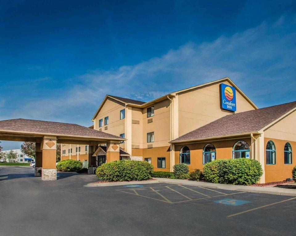 More about Comfort Inn Joliet