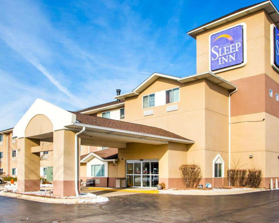 More about Sleep Inn Naperville