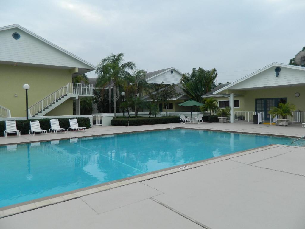 Swimming pool [outdoor] Best Western Port St. Lucie