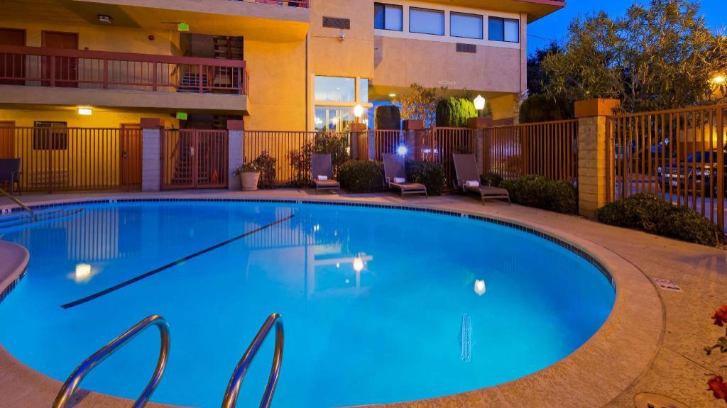 Best western plus inn of hayward in hayward ca room - Hayward swimming pool ...