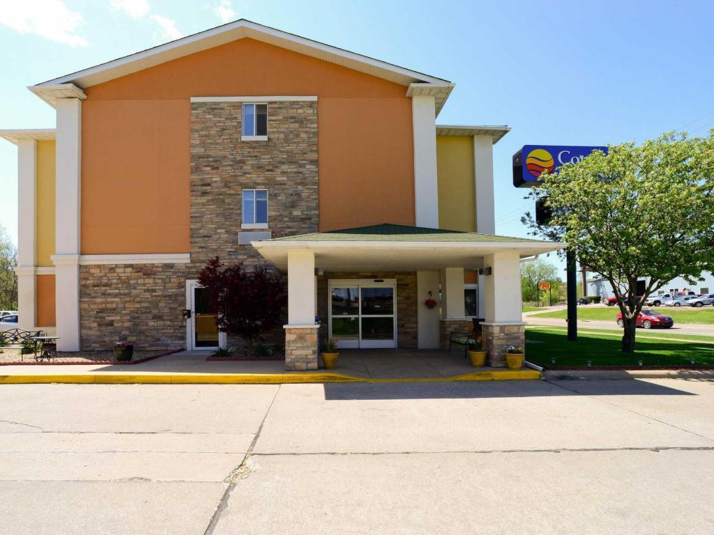 More about Comfort Inn Quincy