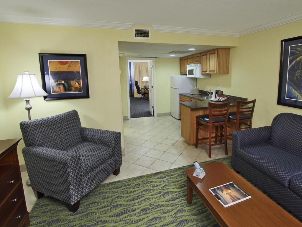 Vista Interior Best Western Cocoa Beach Hotel and Suites
