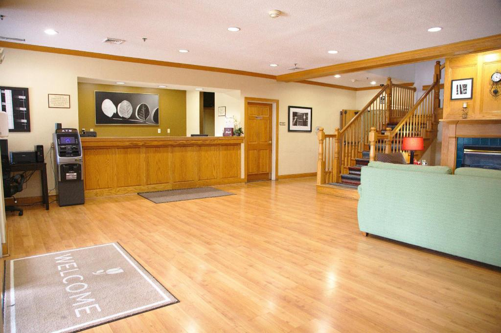 Country Inn & Suites by Radisson, Bloomington-Normal West, IL in