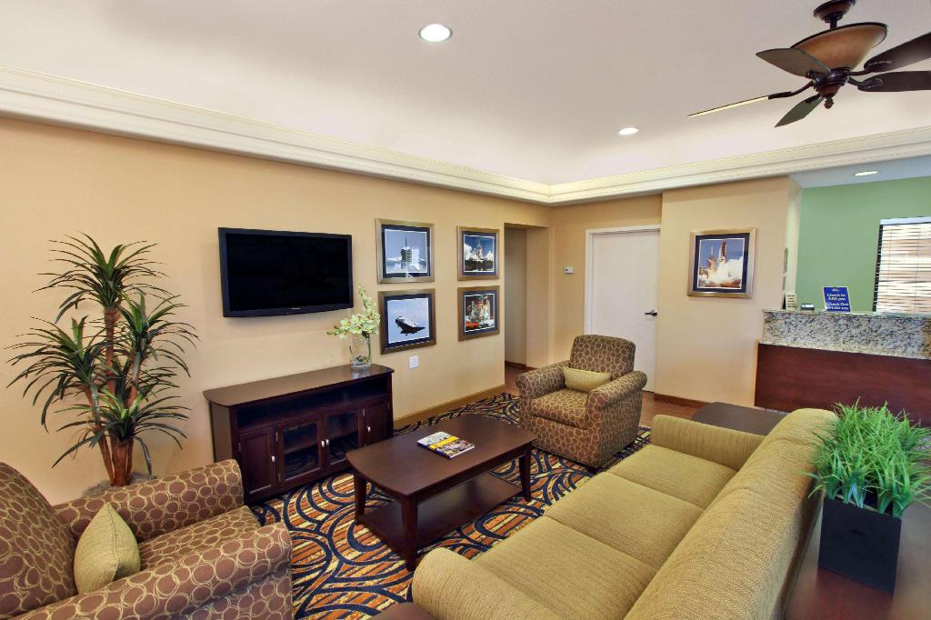 Lobby Best Western Cocoa Beach Hotel and Suites