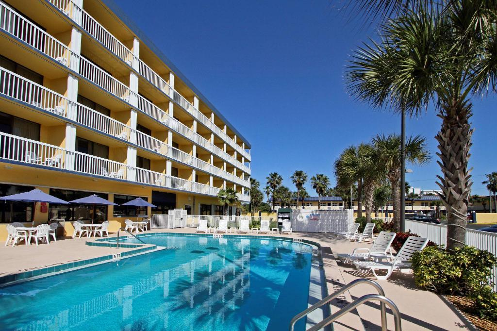Best Western Cocoa Beach Hotel and Suites