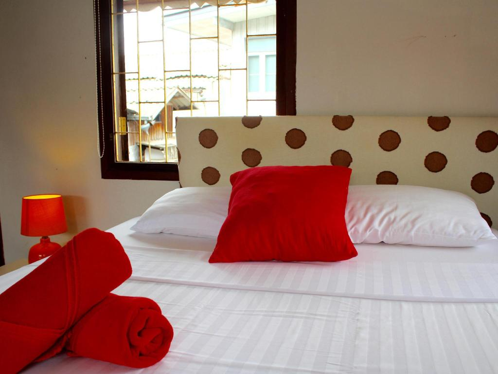 Standard No Balcony - Bed Pattana Guesthouse
