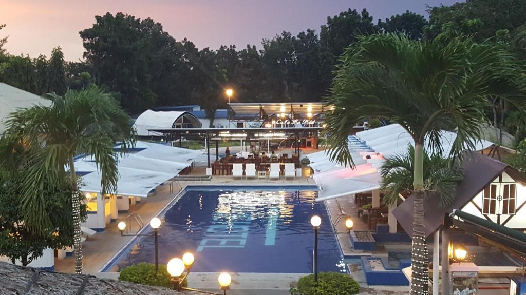 Book Blue Hotel And Resort Laguna Agoda Com Best Prices