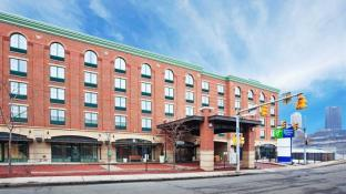 Holiday Inn Express Hotel & Suites Pittsburgh-South Side