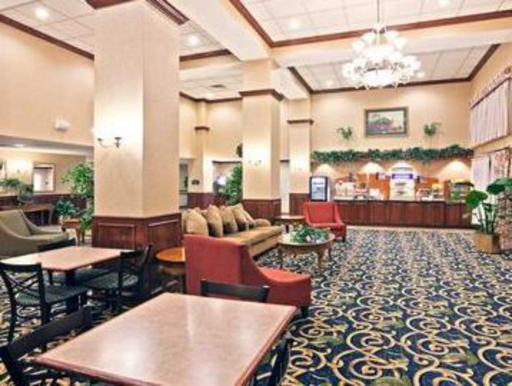Vestabils Holiday Inn Express Hotel & Suites Midwest City