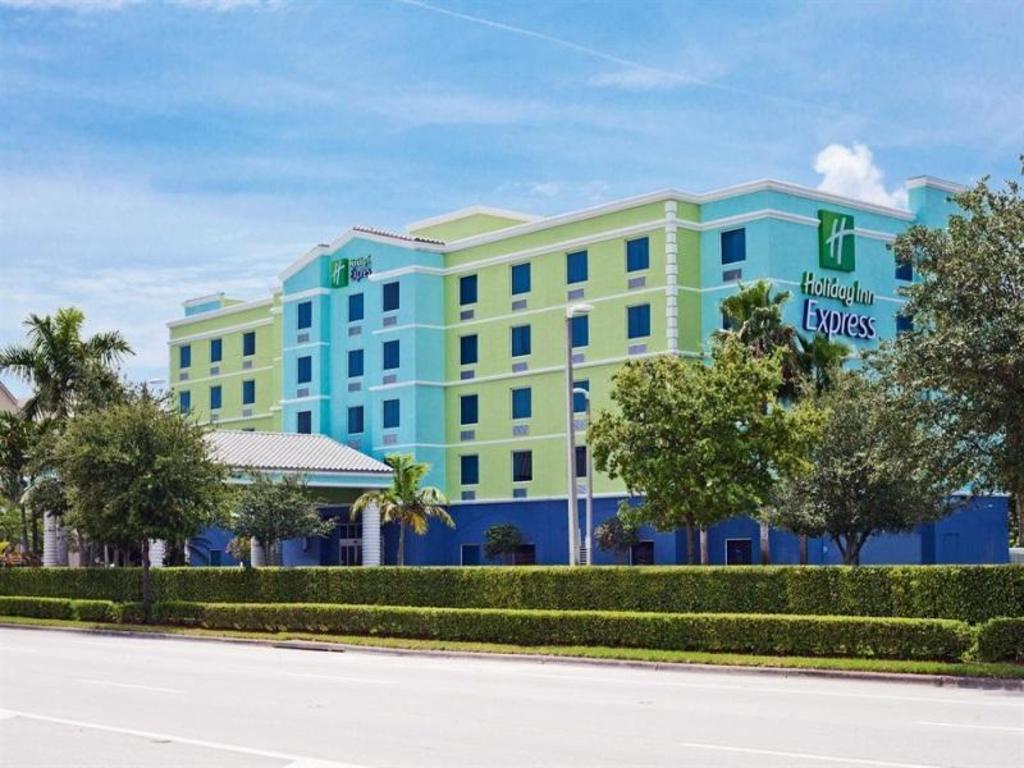 Fort Lauderdale Beachfront Hotels Deals