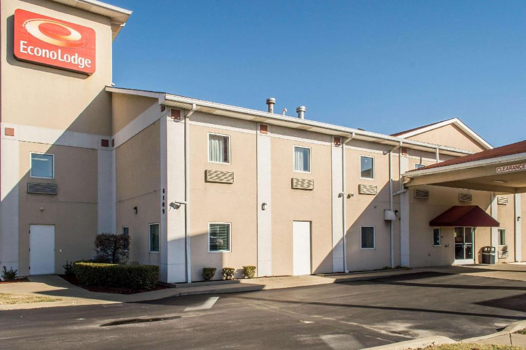 Econo Lodge Airport Louisville
