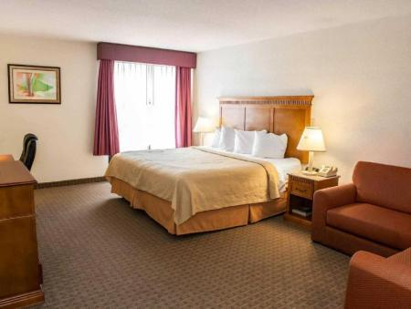King numurs - nesmēķētāju Quality Inn And Suites Indianapolis
