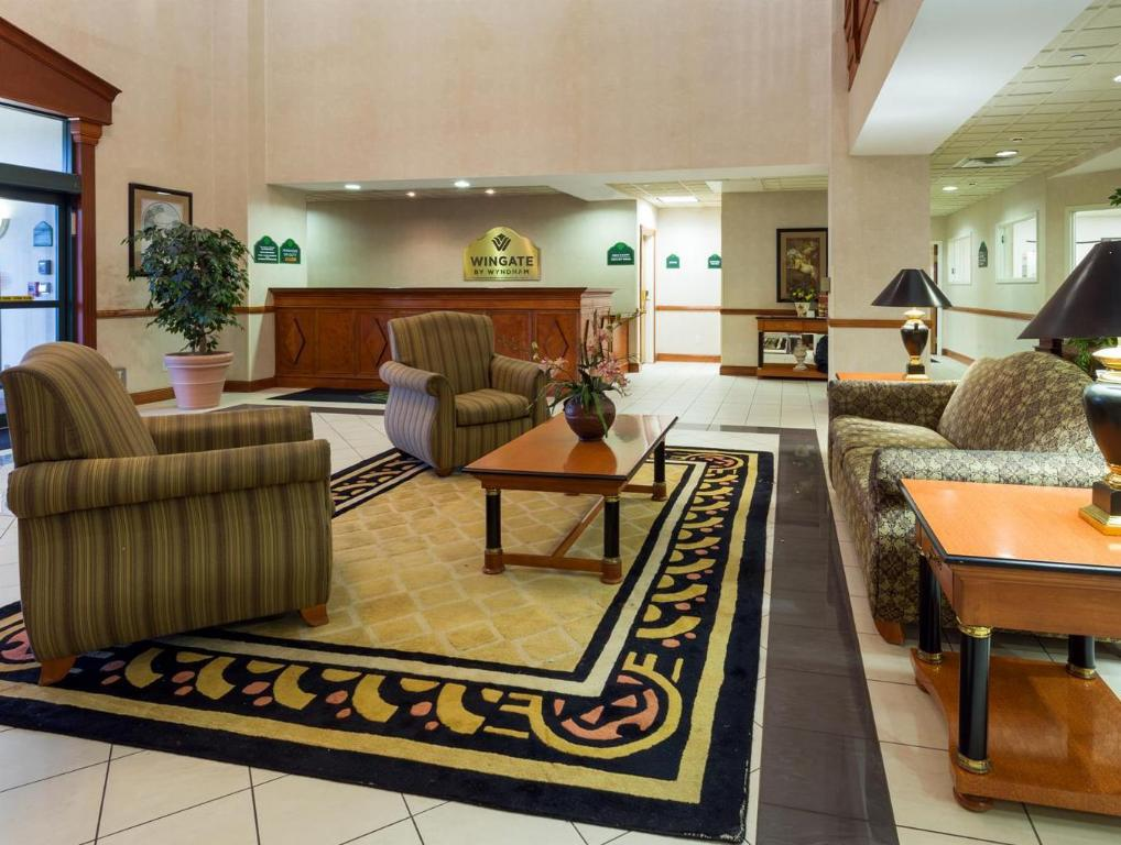 Lobby Wingate by Wyndham Indianapolis Northwest