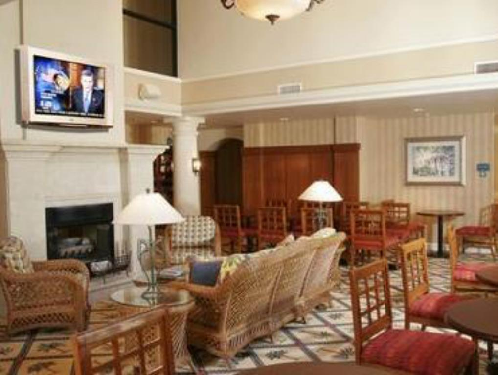 Interiér Staybridge Suites Naples - Gulf Coast