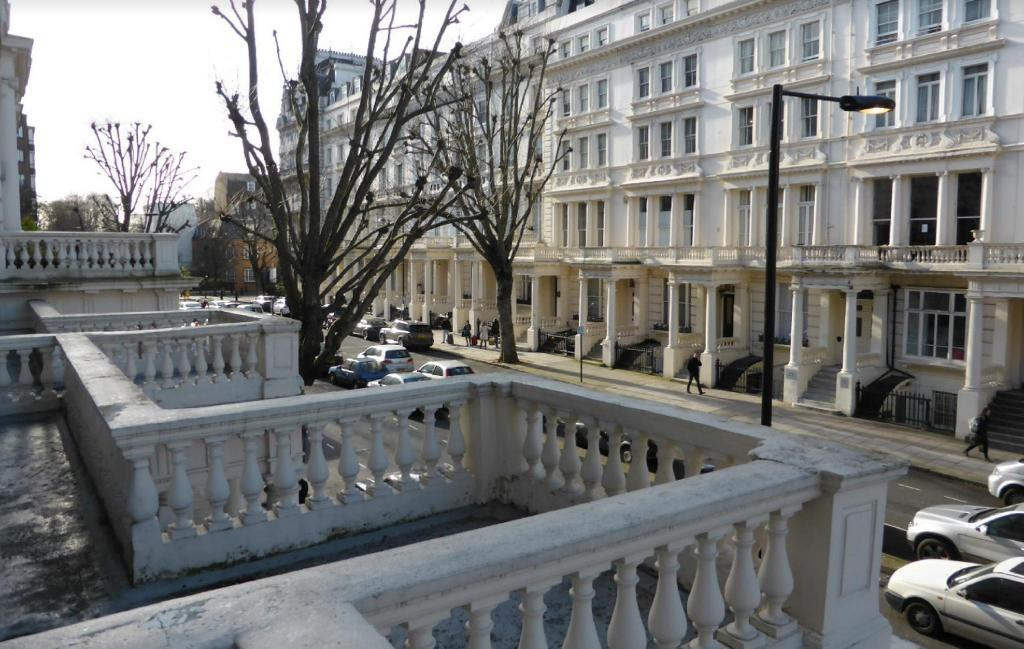Best price on hyde park superior apartments in london for 27 inverness terrace
