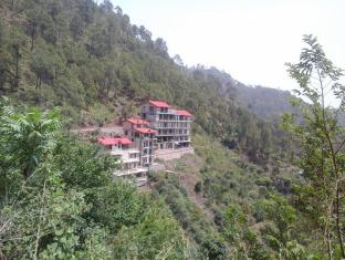 Whispering Pines Home Stay Dharampur