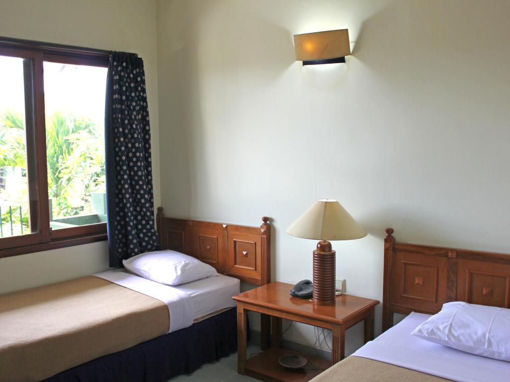 Standard Twin Room with Balcony Hotel Winotosastro Garden