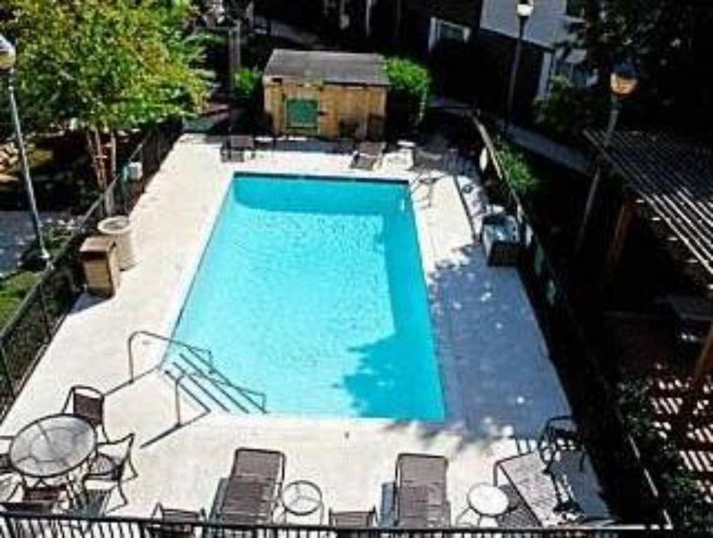 Swimmingpool TownePlace Suites Dallas Las Colinas