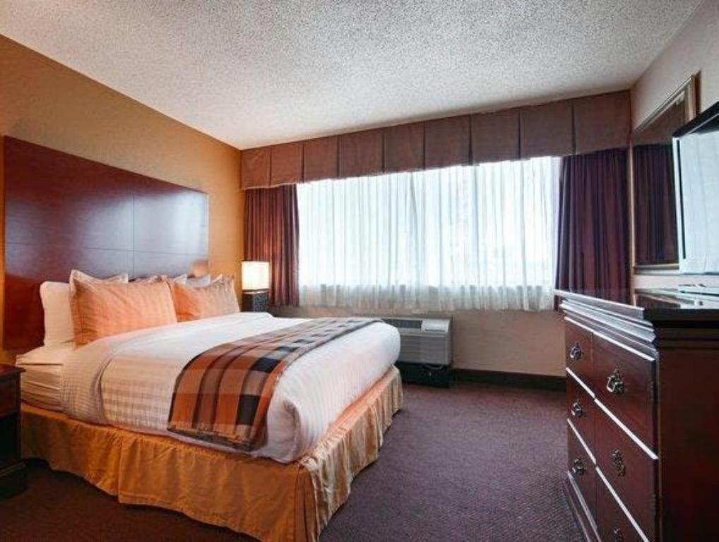See all 44 photos Best Western Plus Milwaukee Airport Hotel & Conference Center