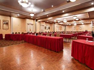 Meeting Room/Ballroom