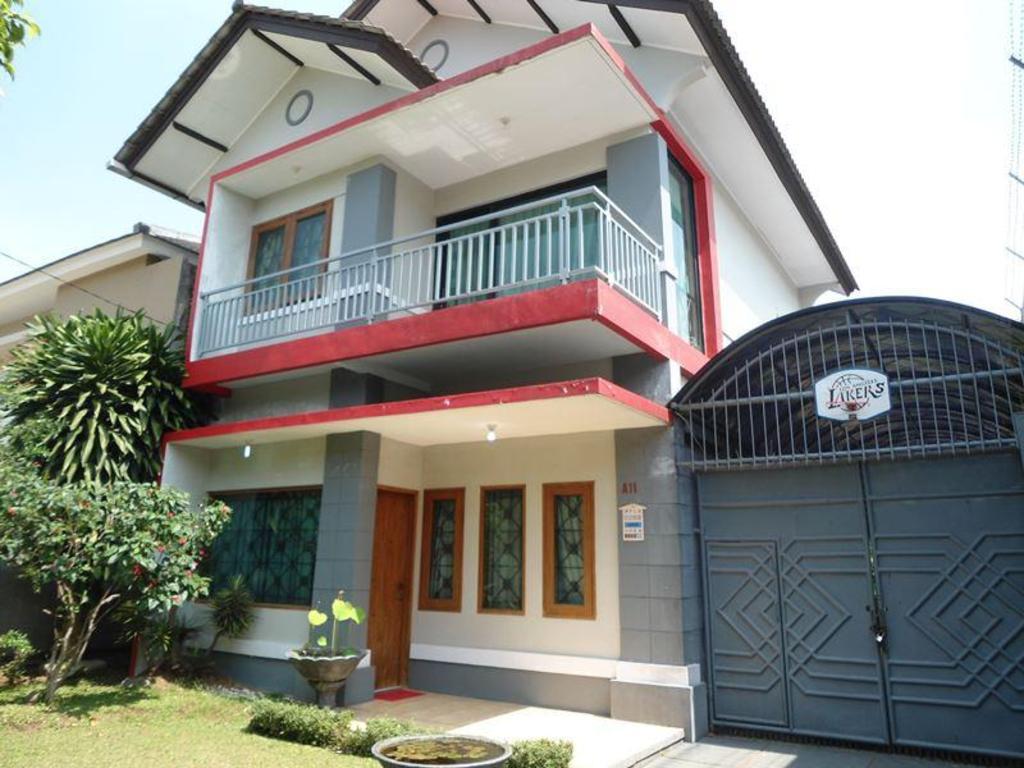Astoria Villa Bandung   PROMO TERBARU 2020 , Foto HD & Ulasan