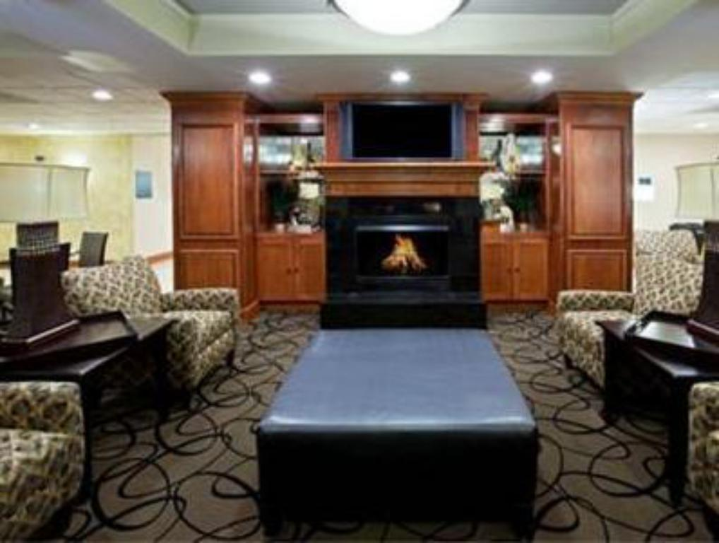 Lobby Holiday Inn Express Indianapolis South