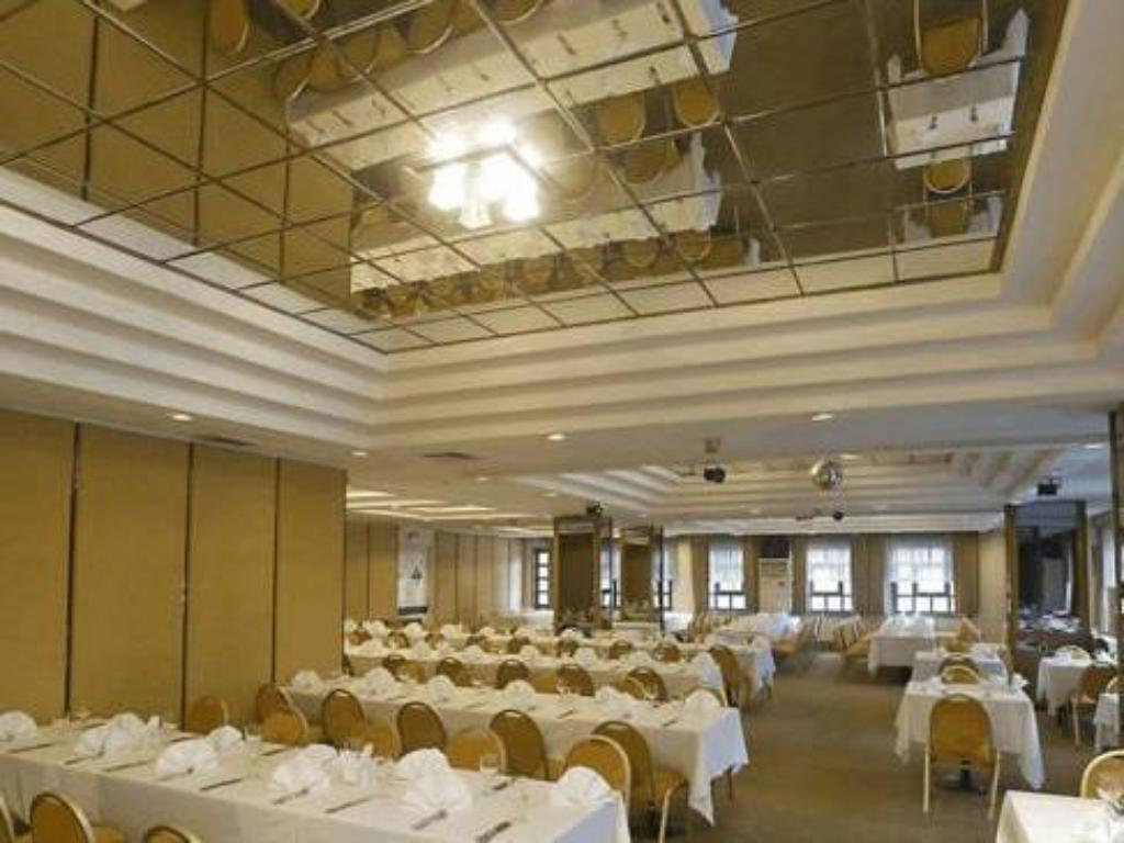 Salón de banquetes Kervansaray Bursa City Otel